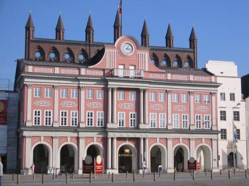 Rathaus der Hansestadt Rostock. Foto: Martin Schuster